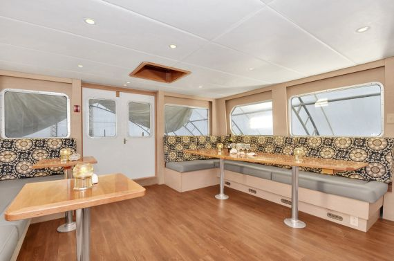 Island Solitude - Wheelhouse looking aft